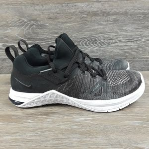 Nike Metcon Flynit 3 Sneaker womens size 6
